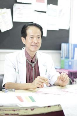 dr. David Lengkong